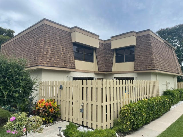 779 NW 30th Avenue A For Sale 10727387, FL