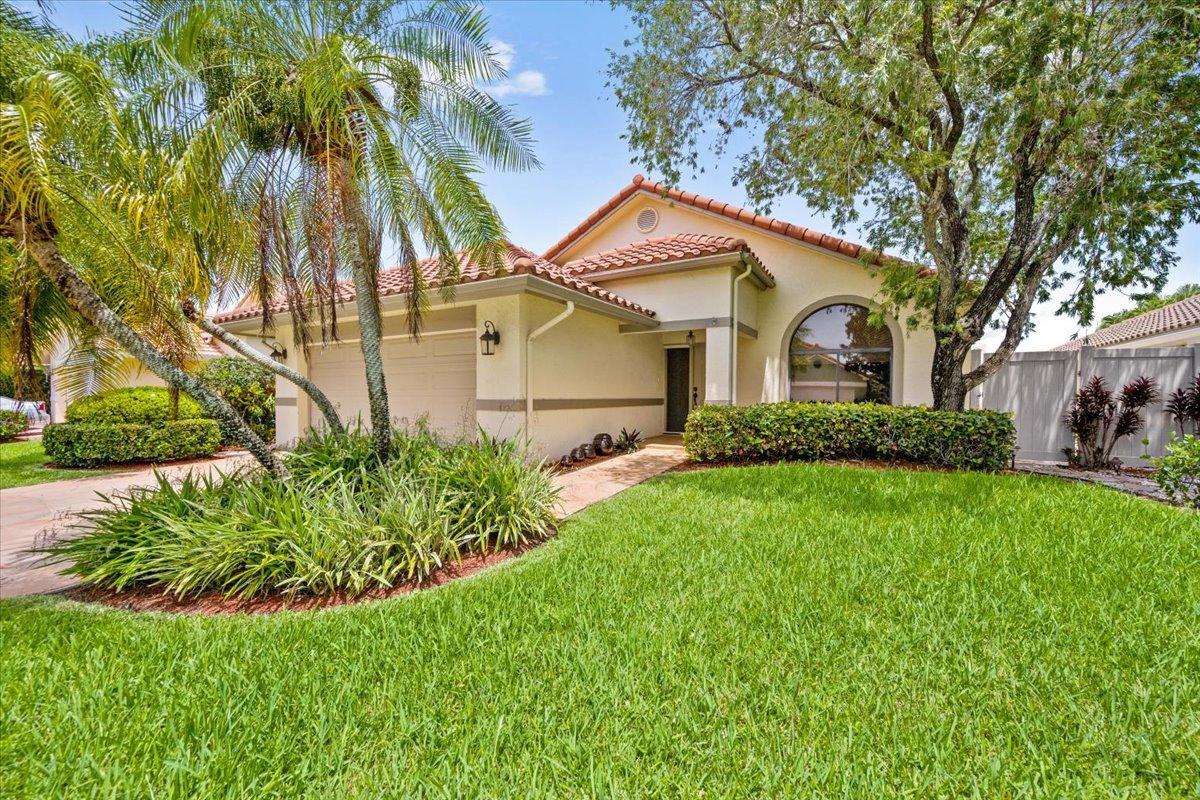 112 Executive Circle Boynton Beach, FL 33436