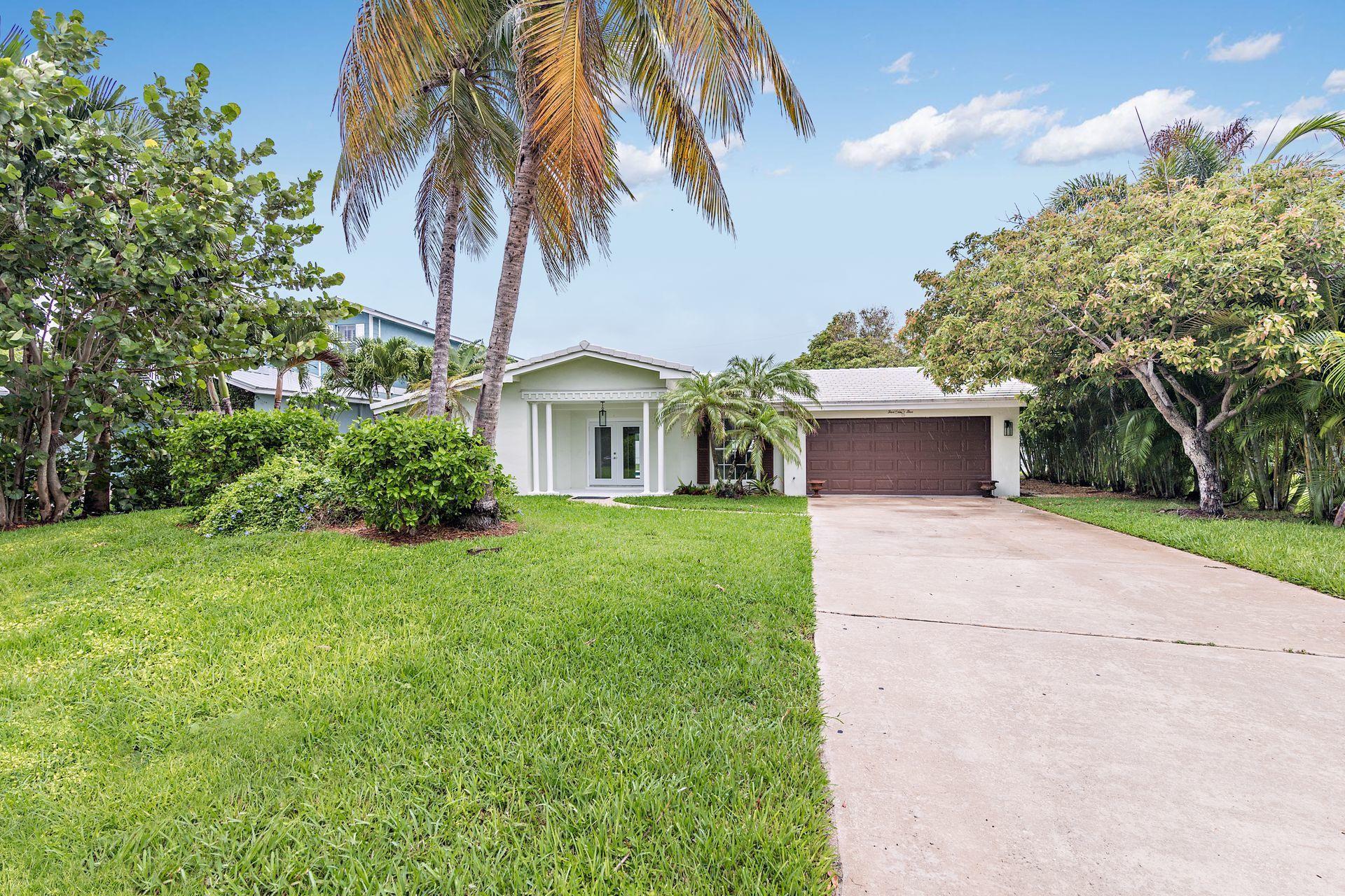 565 NE Olive Way, Boca Raton, FL 33432