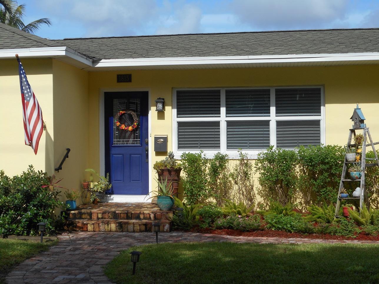 1815 Lake Avenue West Palm Beach, FL 33401 photo 2