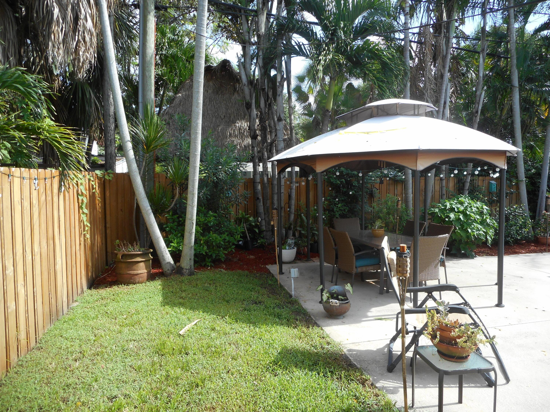 1815 Lake Avenue West Palm Beach, FL 33401 photo 17