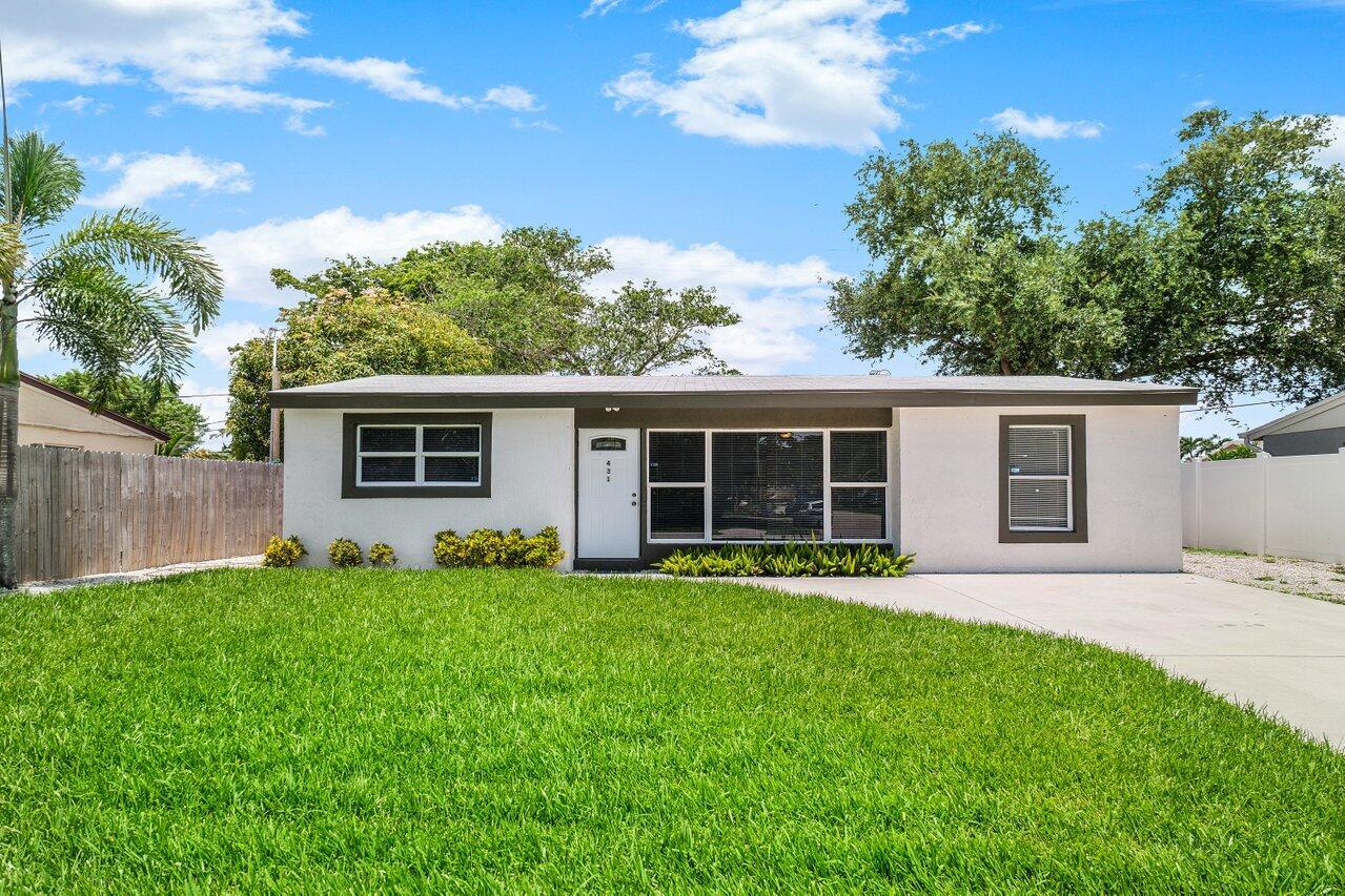 431 Seminole Drive Lake Worth, FL 33462