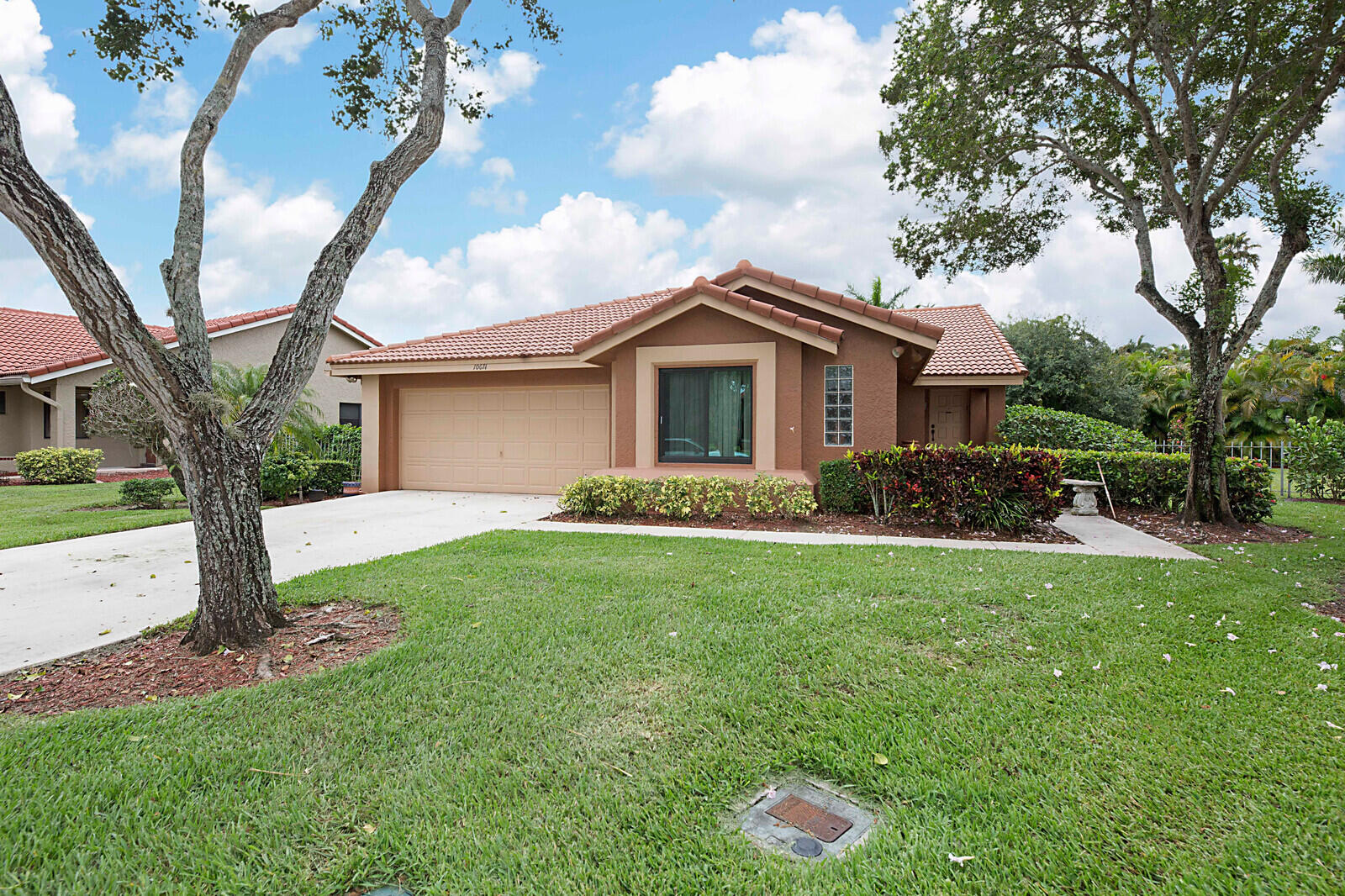 Home for sale in Mission Bay/laguna Boca Raton Florida