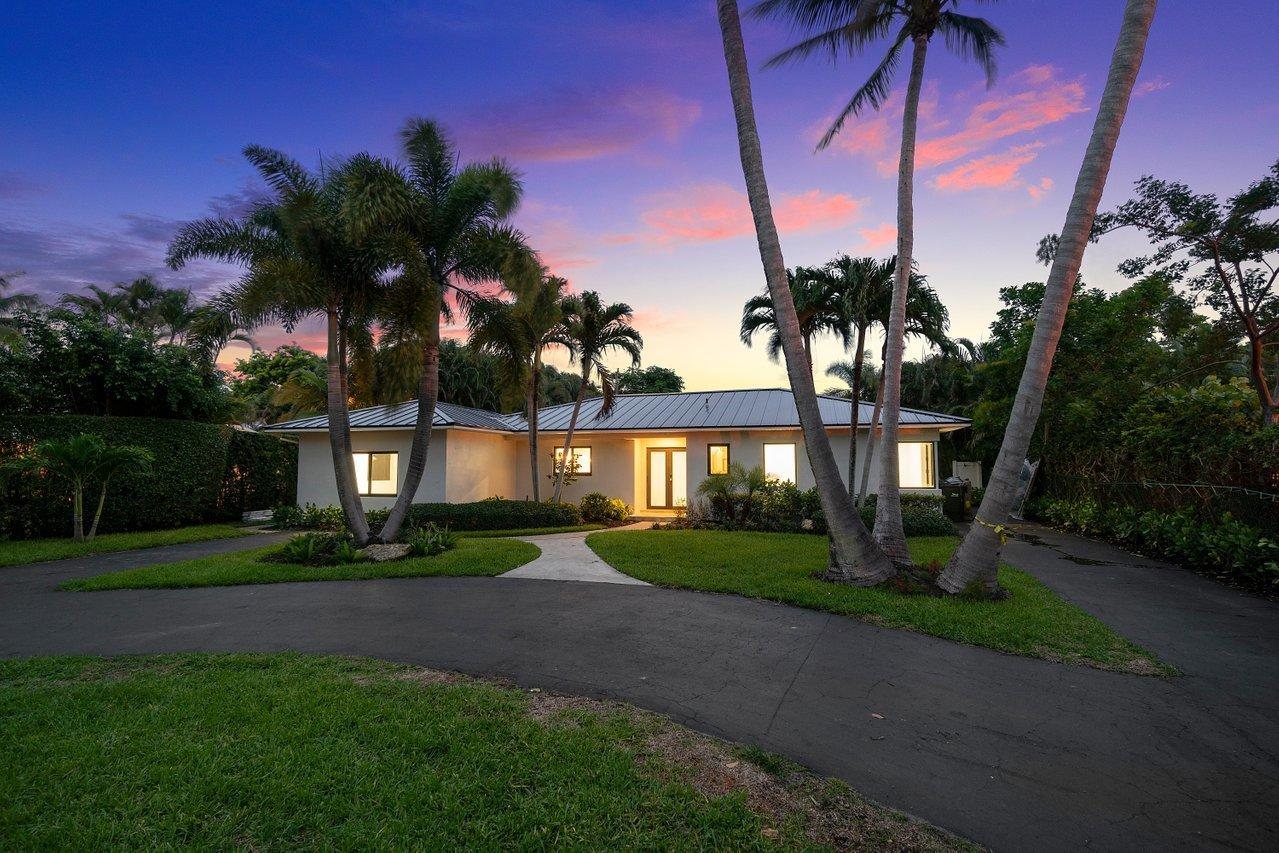 Home for sale in S/D OF 9-46-43 IN Delray Beach Florida