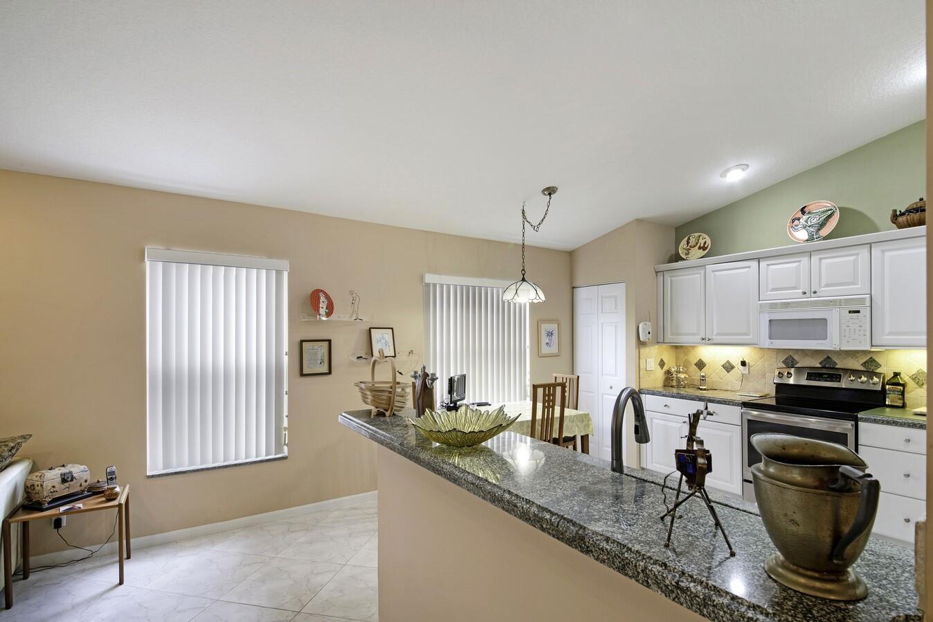 12197 Castle Pines Road Boynton Beach, FL 33437 photo 16