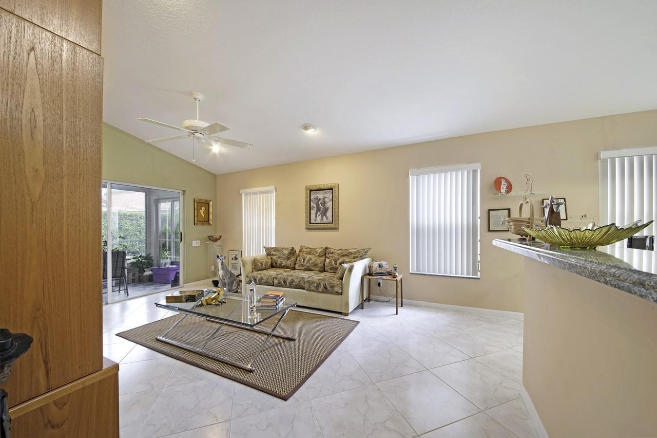 12197 Castle Pines Road Boynton Beach, FL 33437 photo 20