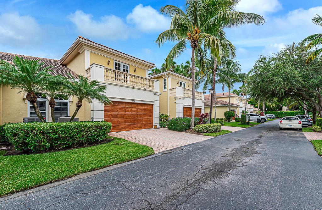 102  Renaissance Drive  For Sale 10728283, FL