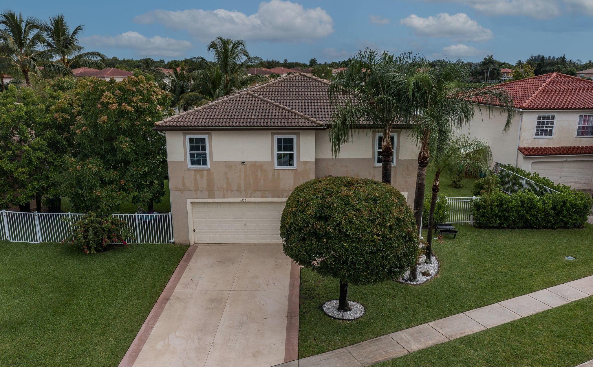 6729 Rivermill Club Drive Lake Worth, FL 33463 photo 2