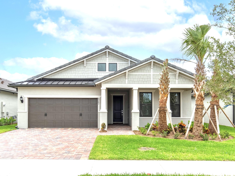 8287 Pedigree Circle Lake Worth, FL 33467