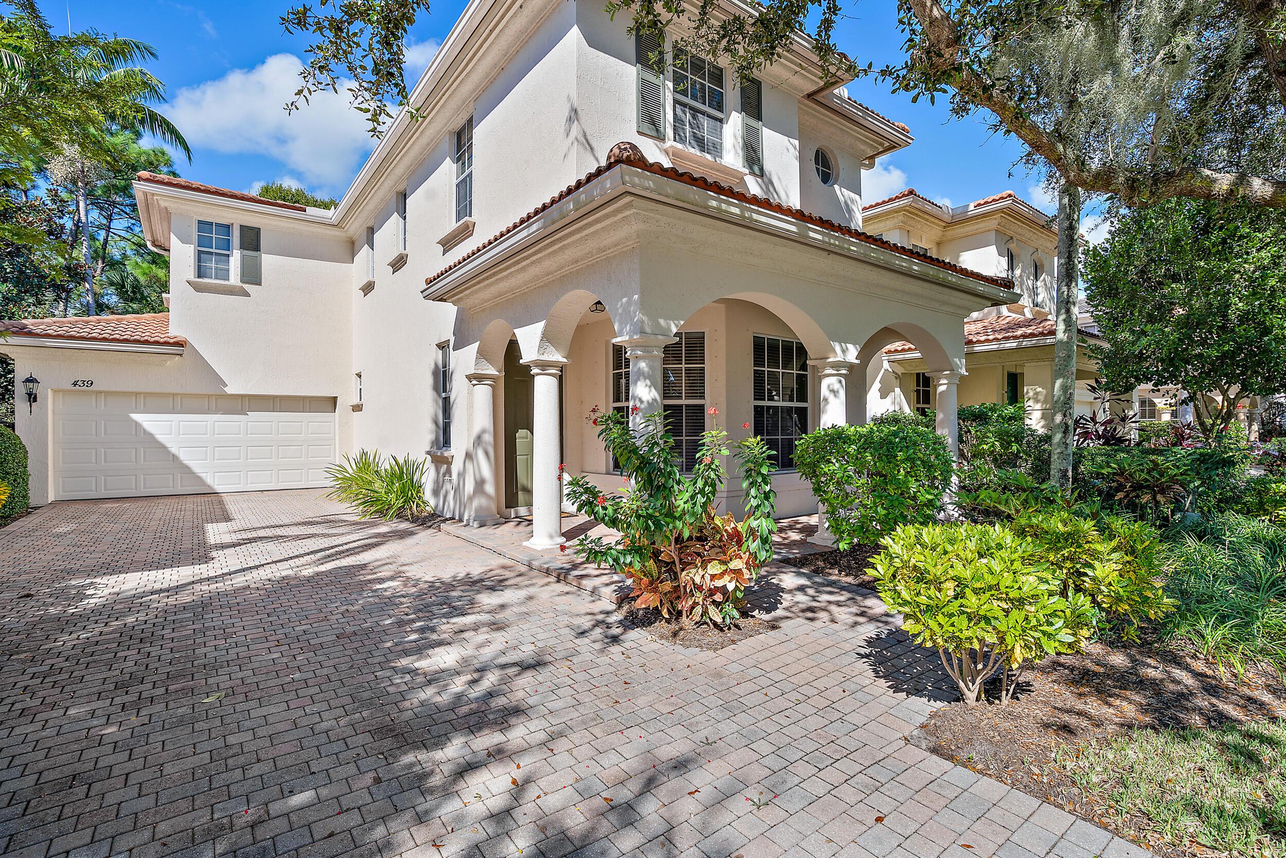 439 Pumpkin Drive Palm Beach Gardens, FL 33410