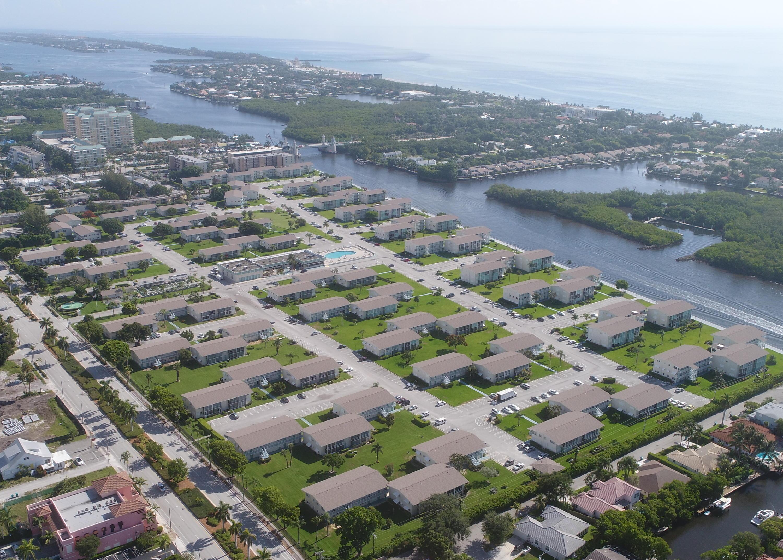 Home for sale in STERLING VILLAGE 240 CONDO Boynton Beach Florida