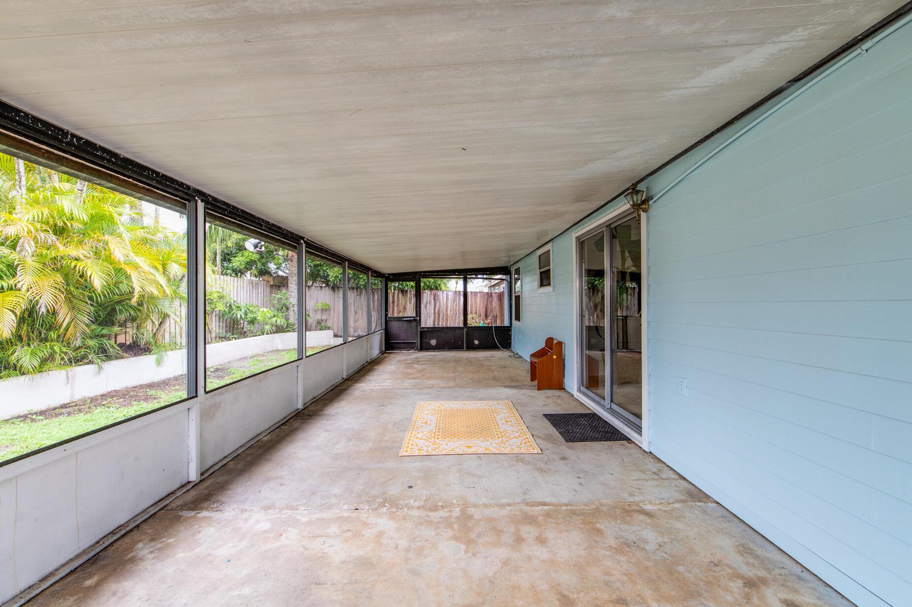 7795 Blairwood Circle Lake Worth, FL 33467 photo 19
