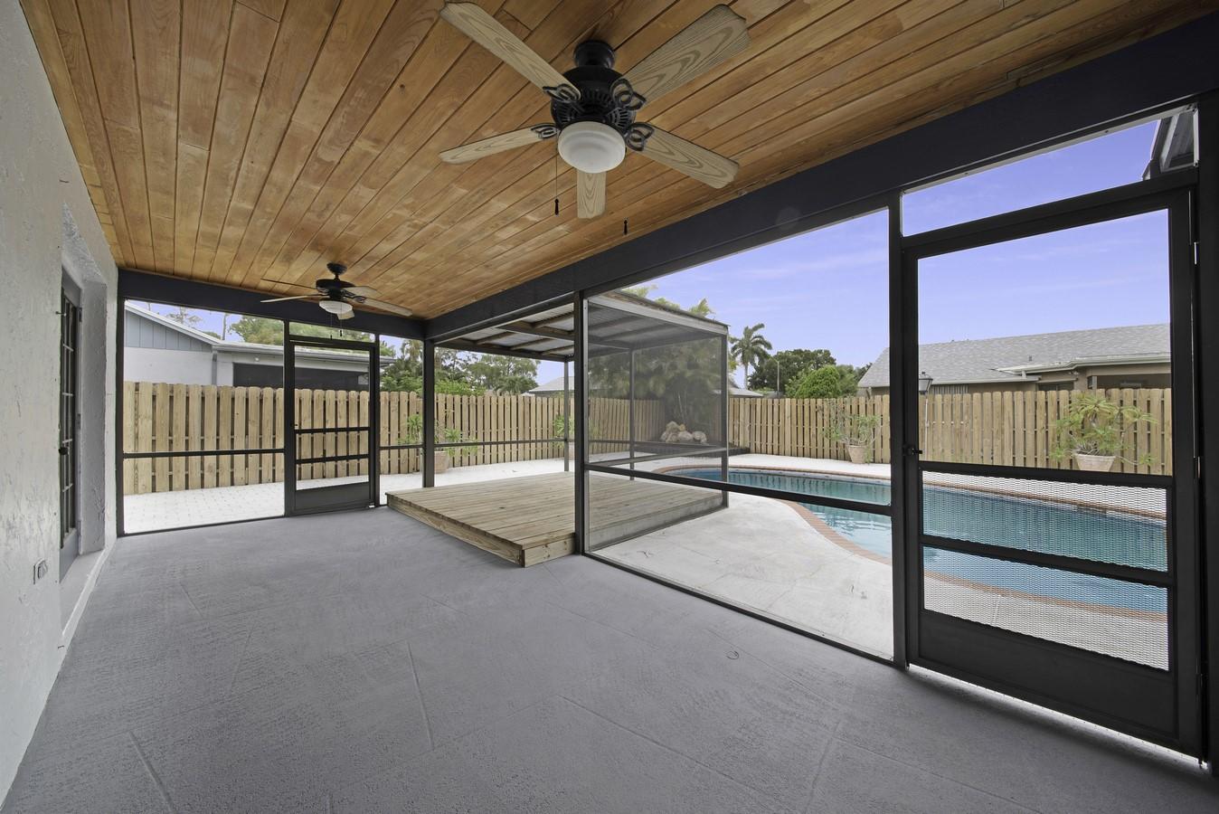 159 Parkwood Drive Royal Palm Beach, FL 33411 photo 23