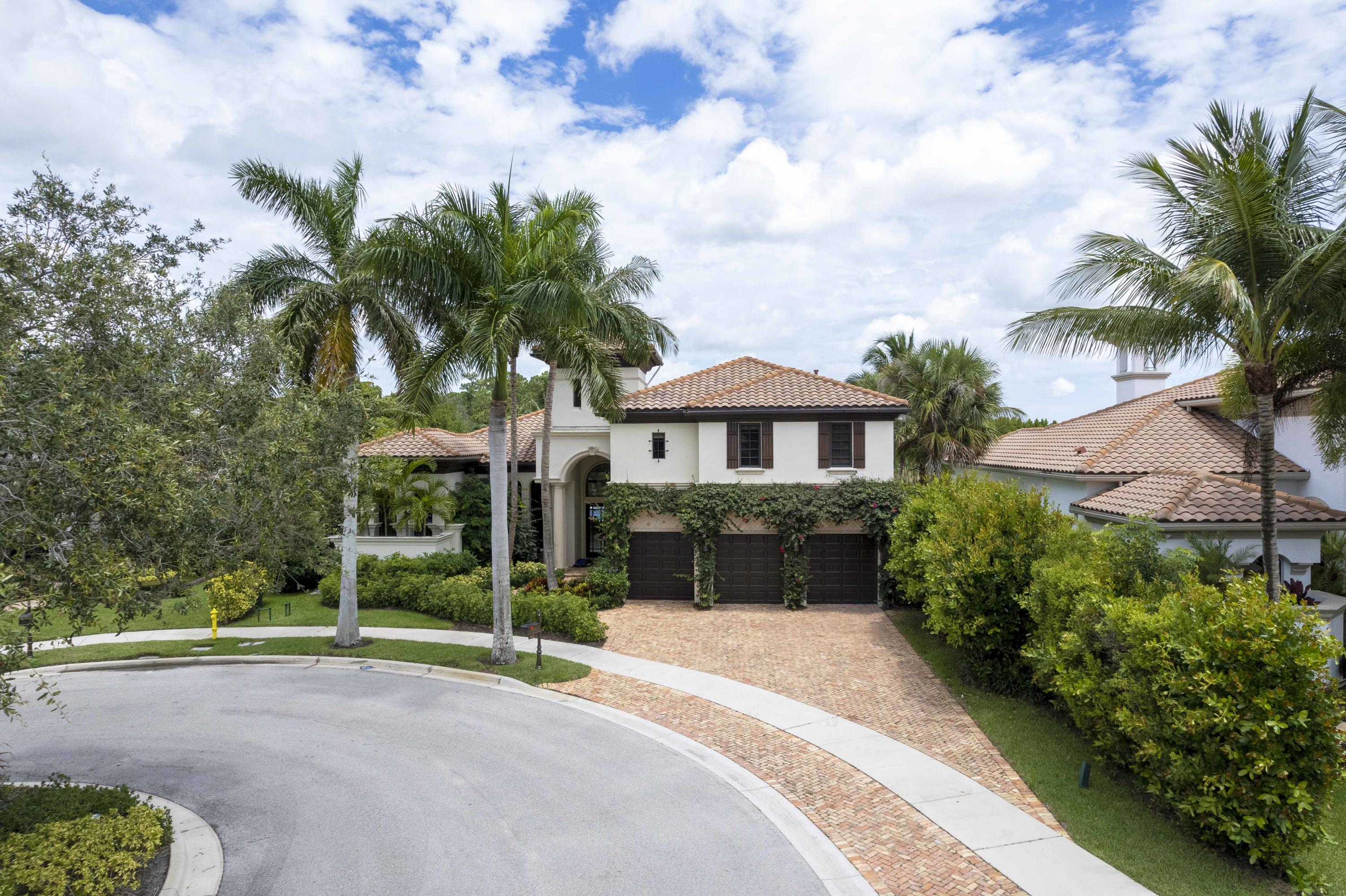 162  Remo Place  For Sale 10729329, FL