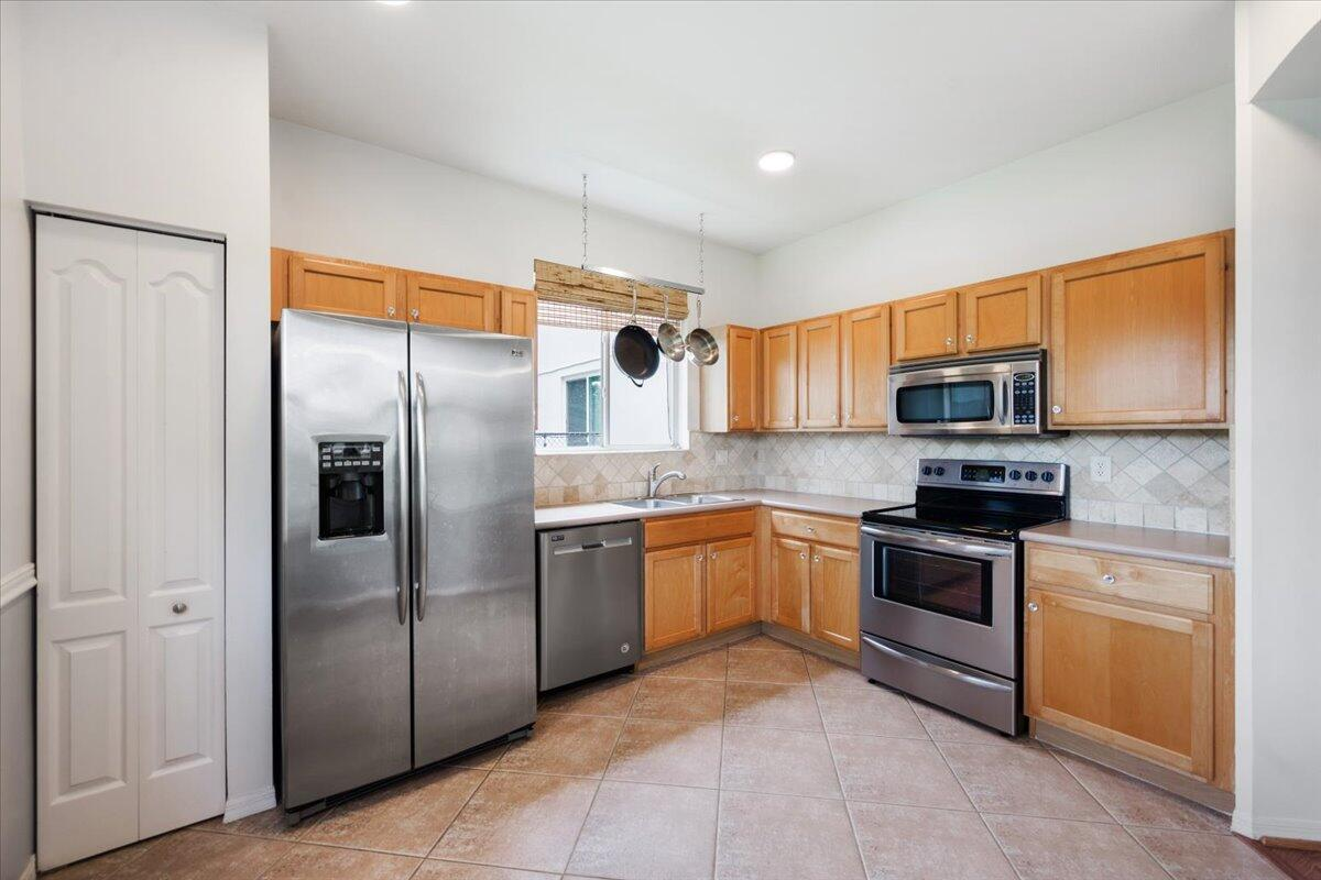 122  Seminole Lakes Drive  For Sale 10729341, FL