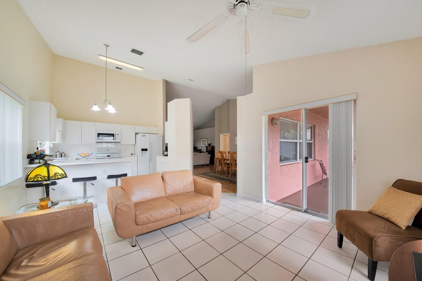 156 Heatherwood Drive Royal Palm Beach, FL 33411 photo 16