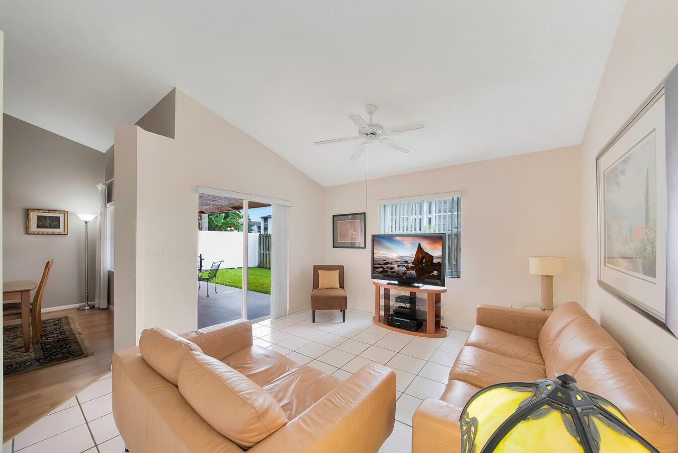 156 Heatherwood Drive Royal Palm Beach, FL 33411 photo 19