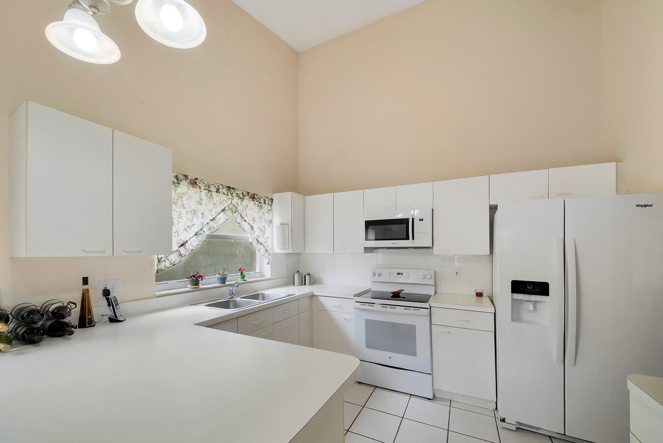 156 Heatherwood Drive Royal Palm Beach, FL 33411 photo 11