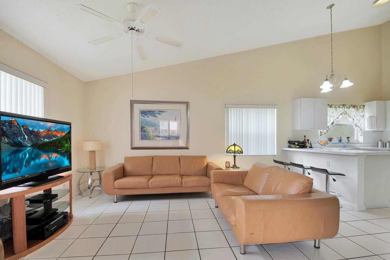156 Heatherwood Drive Royal Palm Beach, FL 33411 photo 21