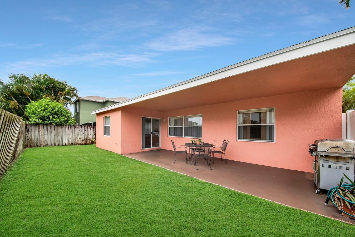 156 Heatherwood Drive Royal Palm Beach, FL 33411 photo 30