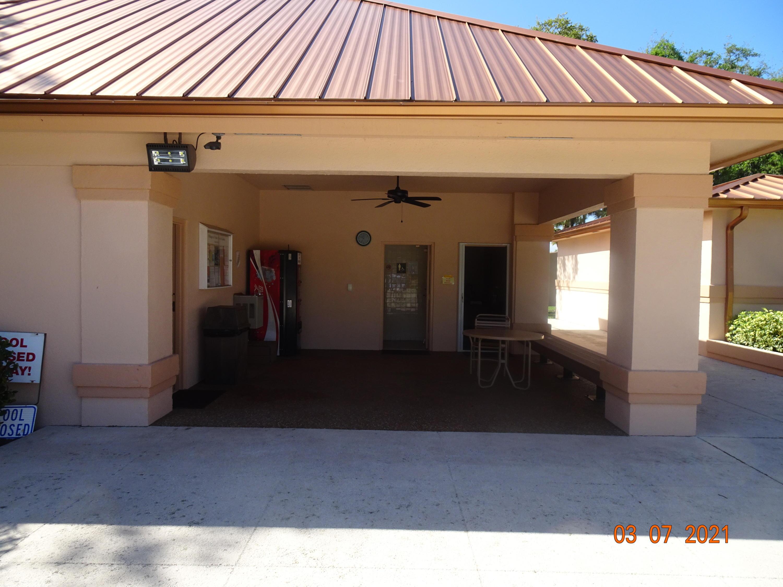 3417 34th Way West Palm Beach, FL 33407 photo 7