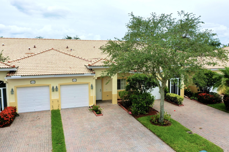 2413 Windjammer Way West Palm Beach, FL 33411
