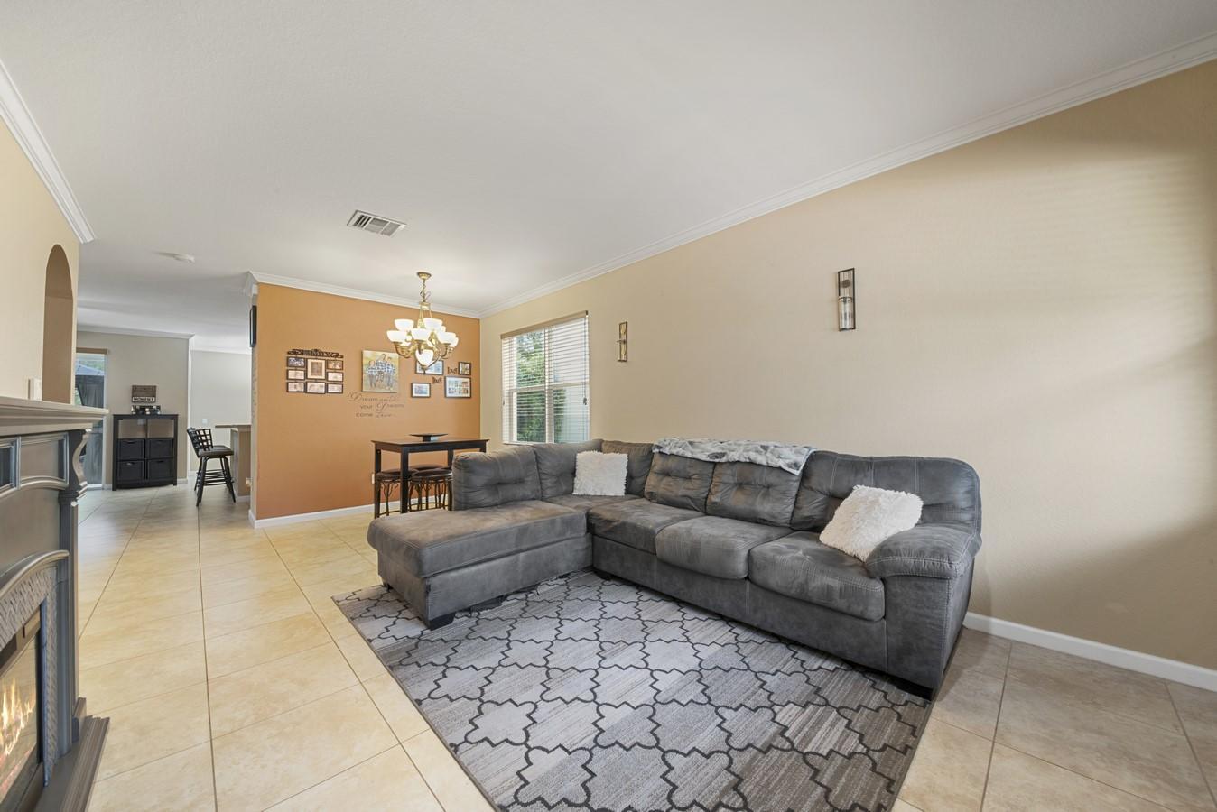 142 Two Pine Drive Greenacres, FL 33413 photo 5