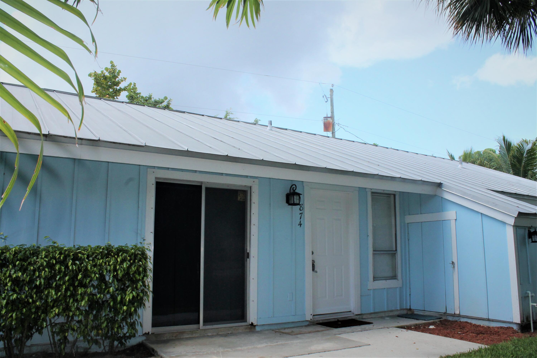 1874  Windsor Drive  For Sale 10729790, FL