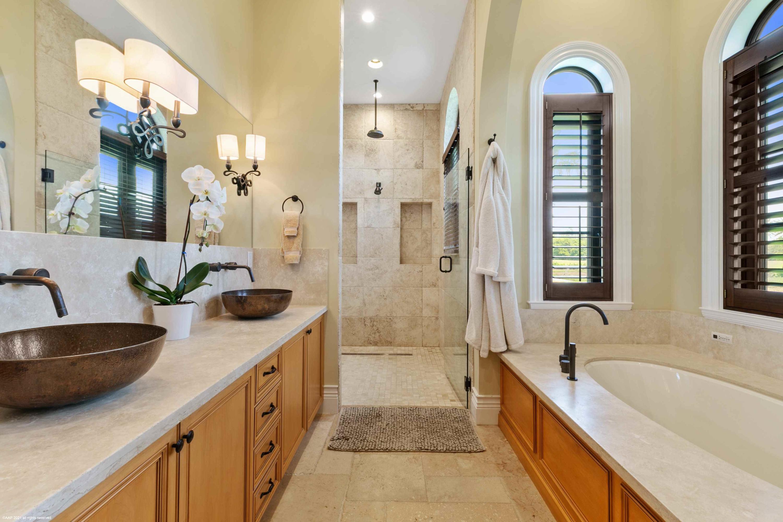 House Master Bath