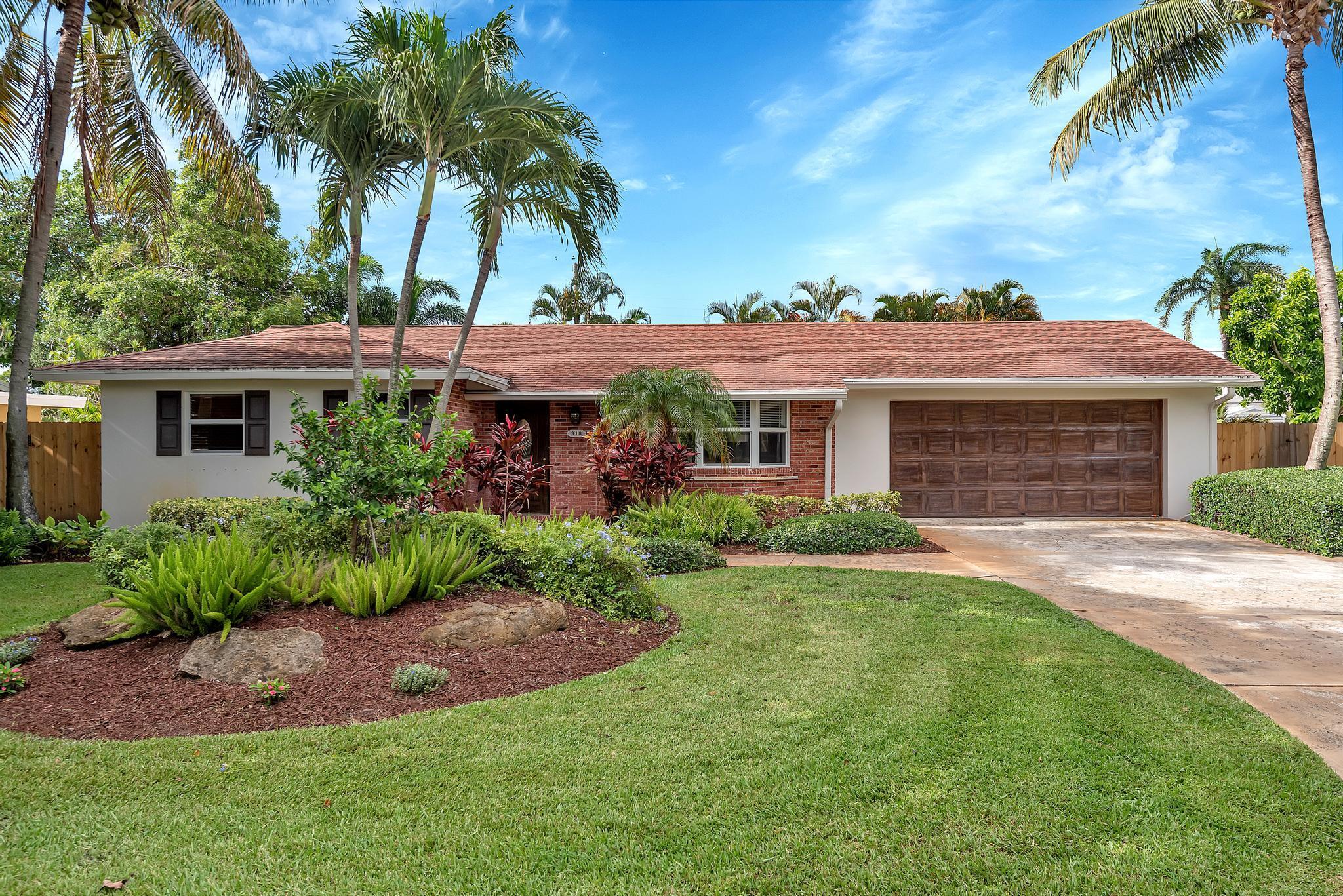 918 SW 27th Terrace Boynton Beach, FL 33435