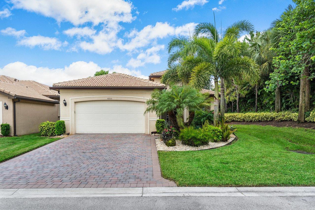 8205  Boulder Mountain Terrace  For Sale 10729815, FL