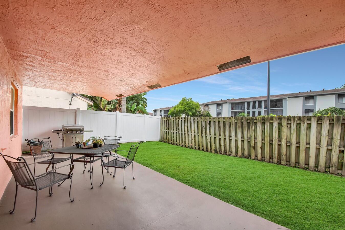 156 Heatherwood Drive Royal Palm Beach, FL 33411 photo 29