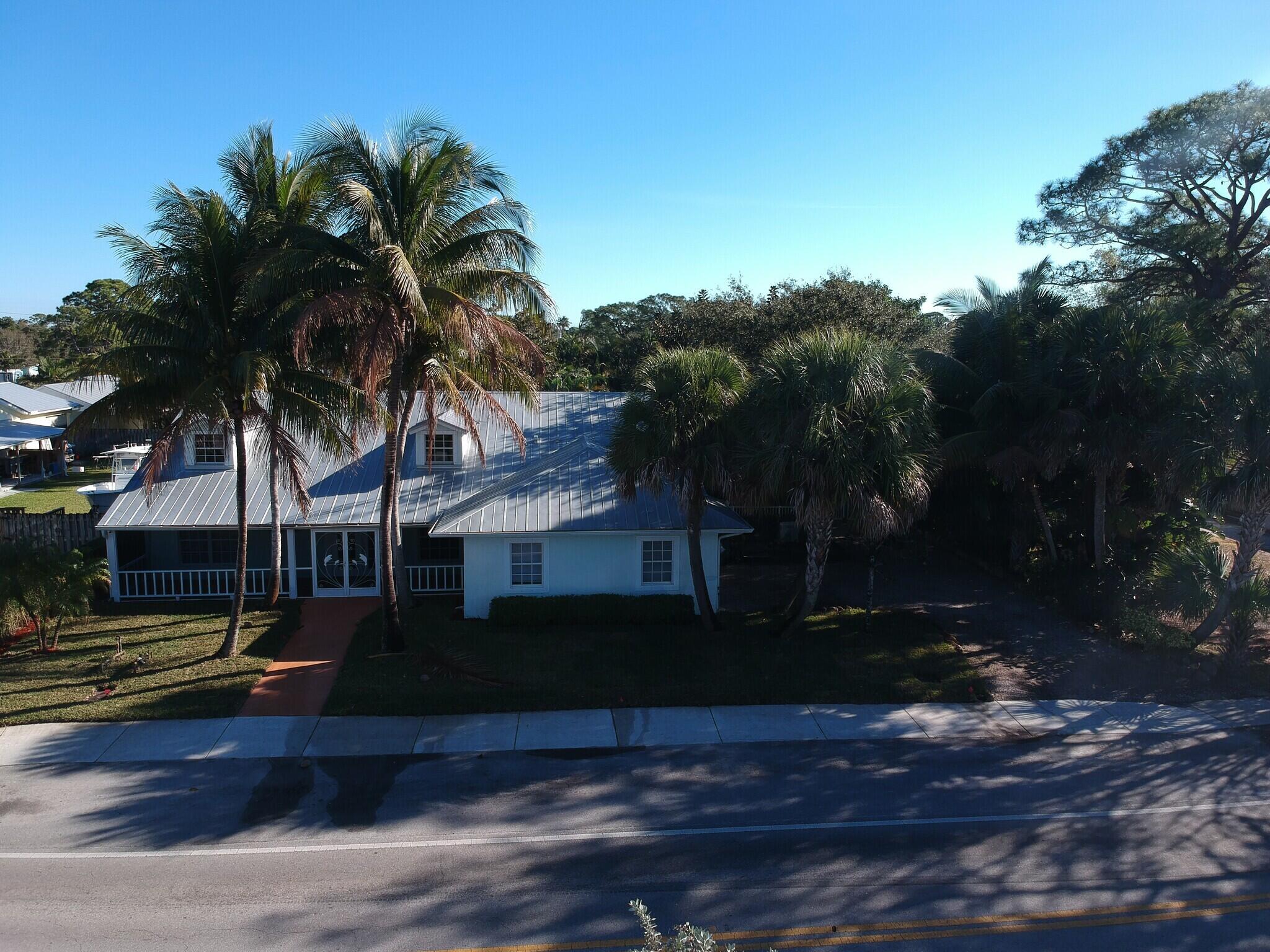 4931-SE-Anchor-Ave-Stuart-FL-Building-Ph