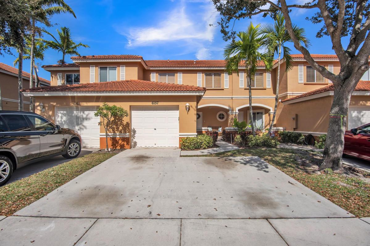 6157  United Street  For Sale 10729907, FL