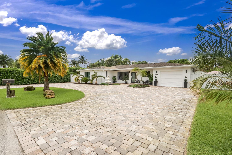 Home for sale in Lake Clarke Shores Lake Clarke Shores Florida