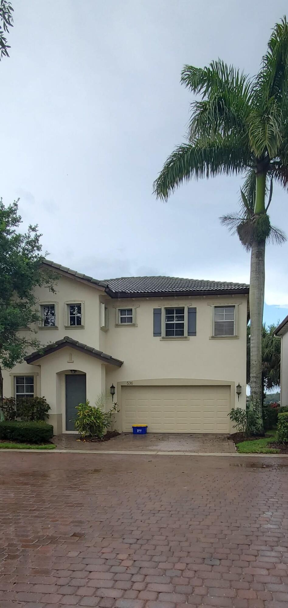536 Tomahawk Court Palm Beach Gardens, FL 33410