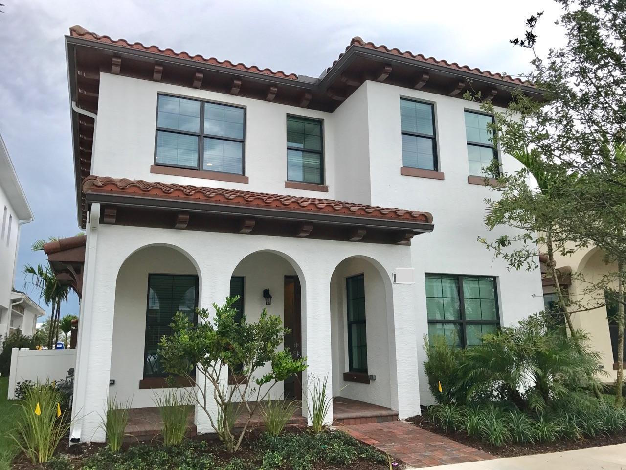Fabulous Single house and high end stainless steel appliances. Park C Model. 1st fl has a bdrm and full bath. Master suite upstairs w 2 XL walk-in closets. Large loft & 2 guest suites, each w/ full bath. Laundry room on 2nd floor.  Rent Includes Cable Internet & Landscape maint. Easy access to 95&Florida Turnpike. Few miles away from Jupiter&Juno Beach. Walking dist. to Benjamin private school. Great public school zone. Spectacular WIFI clubhouse with large fitness center,resort style pool.