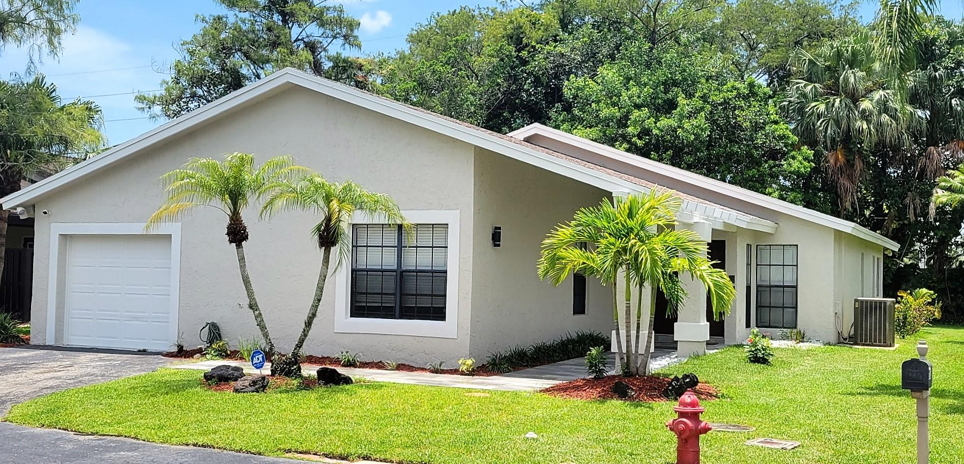 8943  Old Pine Road 16 For Sale 10730055, FL