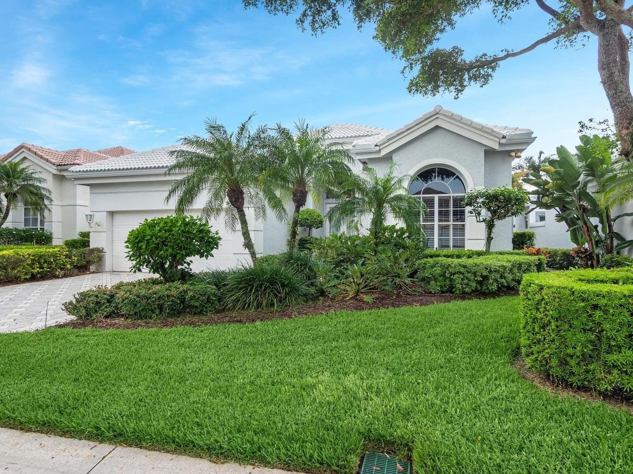130  Windward Drive  For Sale 10730269, FL