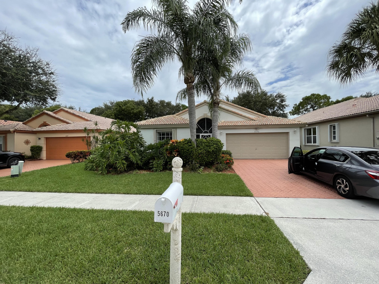 5670 S Swaying Palm Lane  Boynton Beach FL 33437