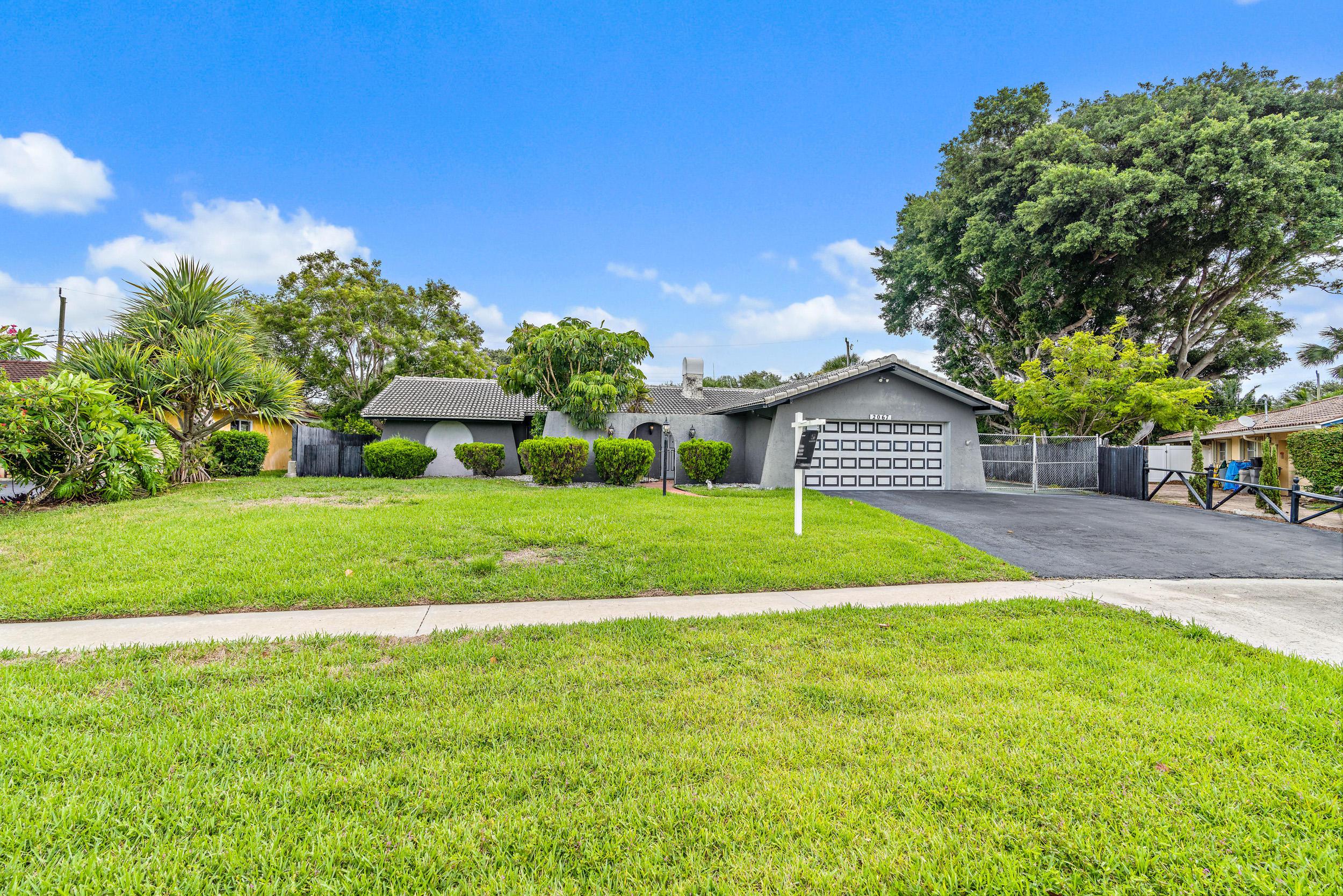 2067  Ardley Court  For Sale 10728615, FL