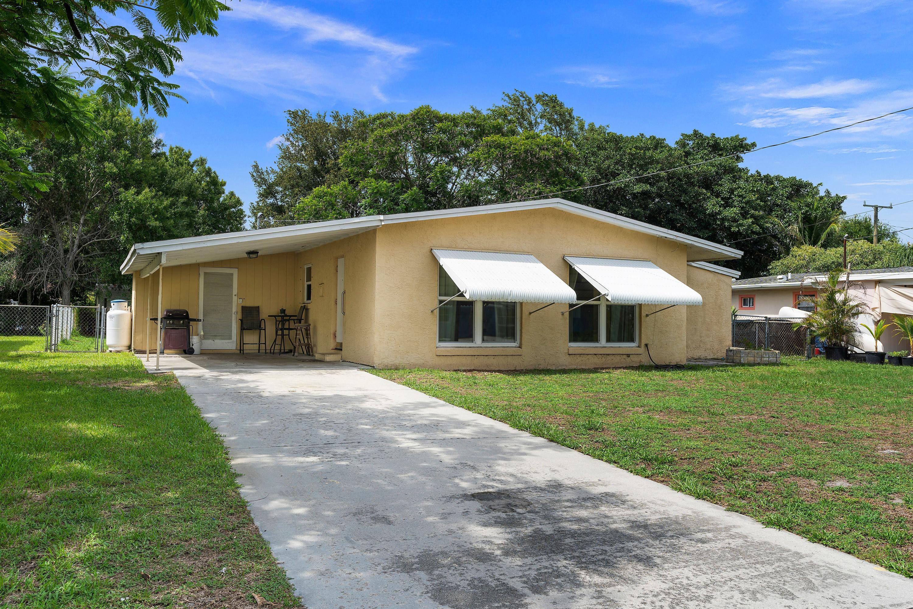 Home for sale in SUNSET PARK Fort Pierce Florida
