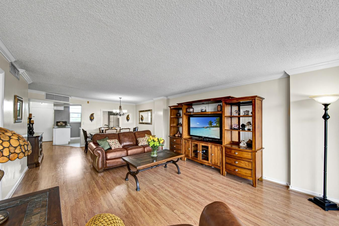 3545 NE 166th Street 408 North Miami Beach, FL 33160 photo 8