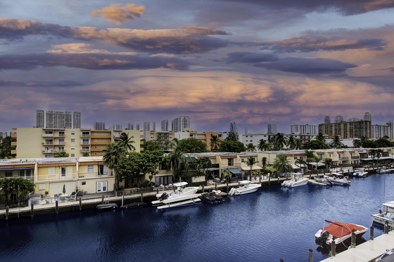 3545 NE 166th Street 408 North Miami Beach, FL 33160 photo 26