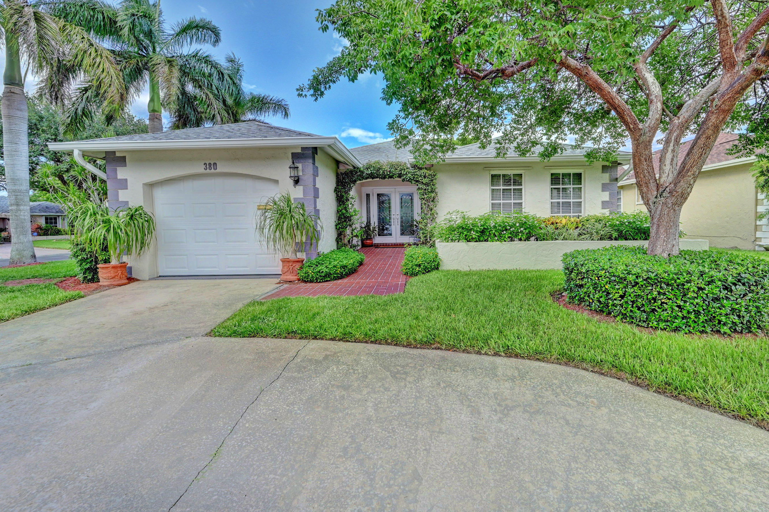 Home for sale in Lincolnwood Village Boca Raton Florida