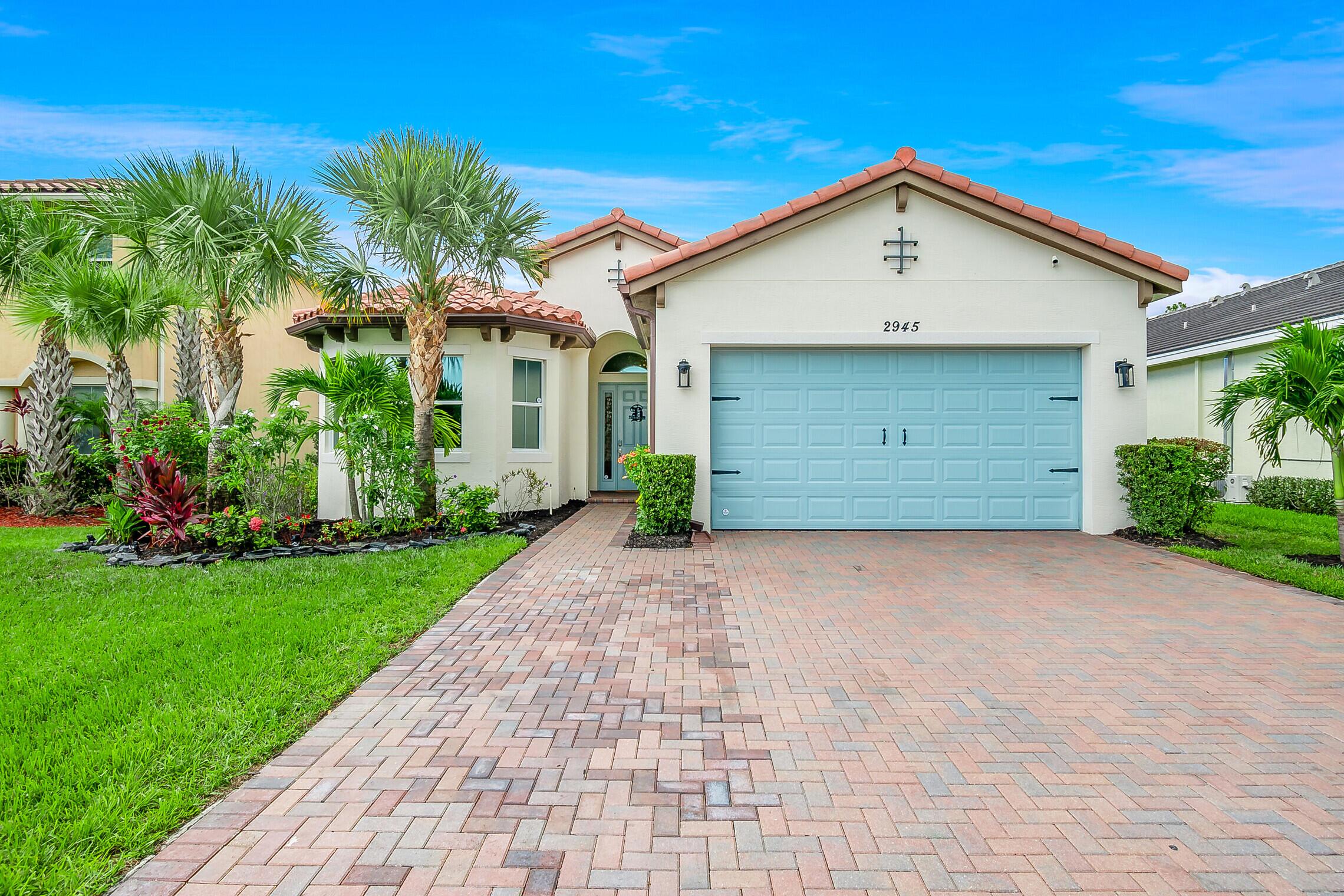 2945  Bellarosa Circle  For Sale 10730788, FL