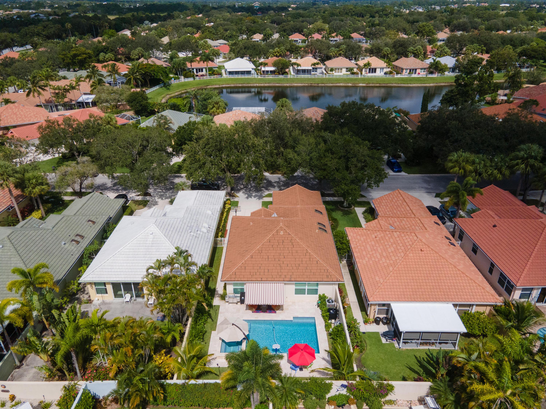 180  Hampton Place  For Sale 10730846, FL