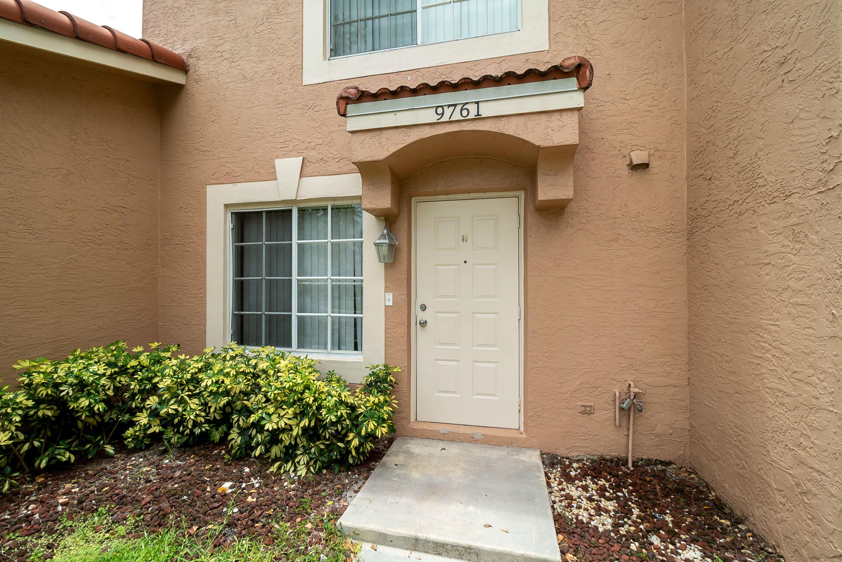 9761 Kamena Circle  Boynton Beach FL 33436