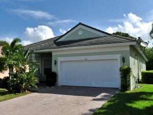 166 NW Pleasant Grove Way, Port Saint Lucie, FL 34986