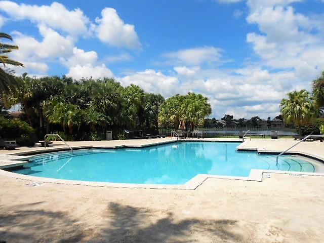 Banyans Community Pool